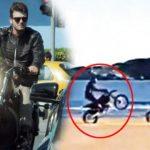 Kivanç Tatlitug pasión por las motos